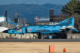 zibaさんが、名古屋飛行場で撮影した航空自衛隊 RF-4E Phantom IIの航空フォト(飛行機 写真・画像)