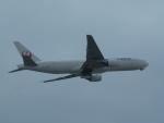 F.Kaito.⊿46さんが、福岡空港で撮影した日本航空 777-246の航空フォト(写真)