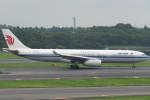 SFJ_capさんが、成田国際空港で撮影した中国国際航空 A330-343Xの航空フォト(写真)