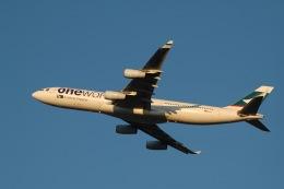 flying-dutchmanさんが、成田国際空港で撮影したキャセイパシフィック航空 A340-313Xの航空フォト(飛行機 写真・画像)