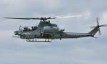 青い翼に鎧武者マークの!さんが、八尾空港で撮影したアメリカ海兵隊 AH-1Z Viperの航空フォト(写真)
