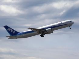 りんたろうさんが、成田国際空港で撮影した全日空 767-381/ERの航空フォト(飛行機 写真・画像)