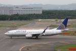 ATOMさんが、新千歳空港で撮影したユナイテッド航空 737-824の航空フォト(写真)