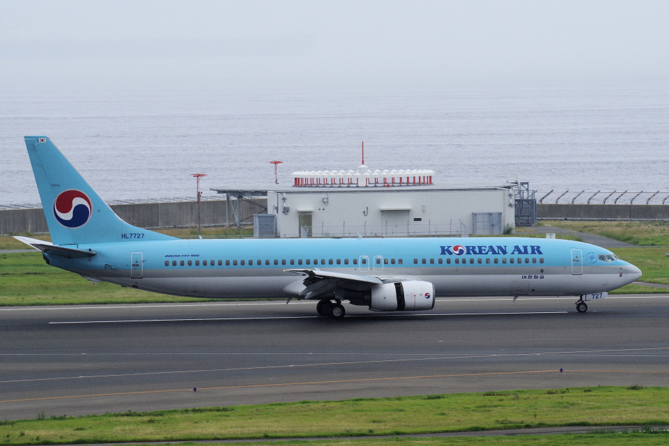 yabyanさんの大韓航空 Boeing 737-900 (HL7727) 航空フォト