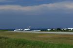 トラッキーさんが、与論空港で撮影した日本エアコミューター DHC-8-402Q Dash 8の航空フォト(写真)