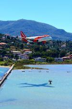 コルフ・イオアニス・カポディストリアス空港 - Corfu International Airport, Ioannis Kapodistrias [CFU/LGKR]で撮影されたイージージェット - EasyJet [U2/EZY]の航空機写真