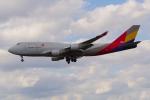 PASSENGERさんが、フランクフルト国際空港で撮影したアシアナ航空 747-446(BDSF)の航空フォト(写真)