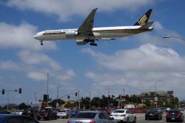 LAX Spotterさんが、ロサンゼルス国際空港で撮影したシンガポール航空 777-312/ERの航空フォト(写真)