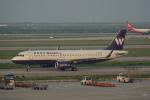 LEGACY-747さんが、上海浦東国際空港で撮影した西部航空 A320-232の航空フォト(飛行機 写真・画像)