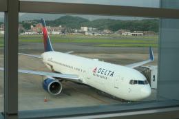 シフォンさんが、福岡空港で撮影したデルタ航空 767-332の航空フォト(飛行機 写真・画像)