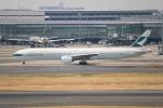 らっしーさんが、羽田空港で撮影したキャセイパシフィック航空 777-367の航空フォト(写真)