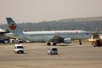 チャッピー・シミズさんが、カルガリー国際空港で撮影したエア・カナダ ジェッツ A320-211の航空フォト(写真)