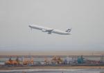 ふじいあきらさんが、羽田空港で撮影したキャセイパシフィック航空 777-367/ERの航空フォト(写真)