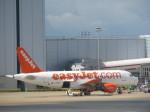 まさ773さんが、ロンドン・ガトウィック空港で撮影したイージージェット A319-111の航空フォト(写真)