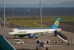 Wasawasa-isaoさんが、中部国際空港で撮影したウズベキスタン航空 A320-214の航空フォト(写真)