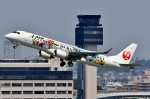 SKY TEAM B-6053さんが、伊丹空港で撮影したジェイ・エア ERJ-190-100(ERJ-190STD)の航空フォト(写真)