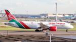 誘喜さんが、ロンドン・ヒースロー空港で撮影したケニア航空 787-8 Dreamlinerの航空フォト(写真)