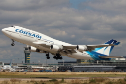 naruga201さんが、パリ オルリー空港で撮影したコルセール 747-422の航空フォト(写真)