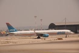 だいすけさんが、ベン・グリオン国際空港で撮影したアルキア・イスラエル・エアラインズ 737-2E7/Advの航空フォト(飛行機 写真・画像)