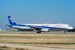 ゴンタさんが、名古屋飛行場で撮影した全日空 A321-131の航空フォト(飛行機 写真・画像)