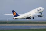 こだしさんが、羽田空港で撮影したルフトハンザドイツ航空 747-830の航空フォト(写真)