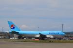こだしさんが、新千歳空港で撮影した大韓航空 747-4B5の航空フォト(写真)