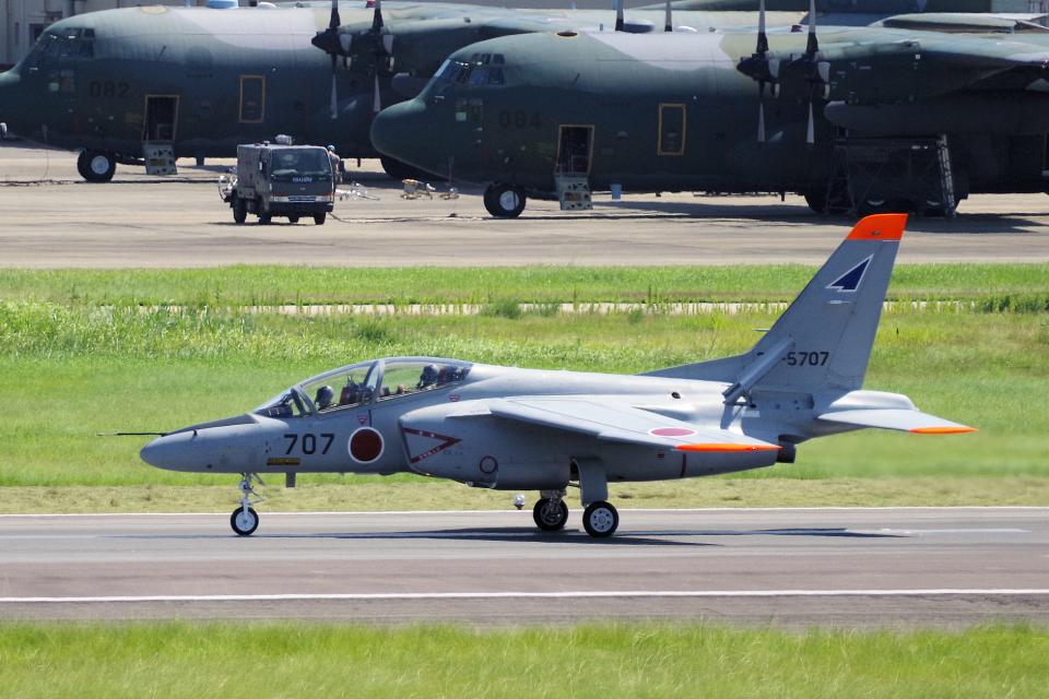 yabyanさんの航空自衛隊 Kawasaki T-4 (36-5707) 航空フォト