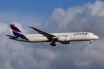 Timothyさんが、オークランド空港で撮影したラタム・エアラインズ・チリ 787-9の航空フォト(写真)