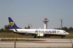 とらとらさんが、フランシスコ・サ・カルネイロ空港で撮影したライアンエア 737-8ASの航空フォト(飛行機 写真・画像)