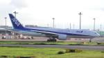 誘喜さんが、羽田空港で撮影した全日空 777-281/ERの航空フォト(写真)
