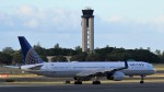 westtowerさんが、ダニエル・K・イノウエ国際空港で撮影したユナイテッド航空 757-324の航空フォト(写真)