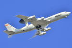 リョウさんが、嘉手納飛行場で撮影したアメリカ空軍 E-3B Sentry (707-300)の航空フォト(写真)