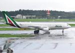 雲霧さんが、成田国際空港で撮影したアリタリア航空 A330-202の航空フォト(写真)