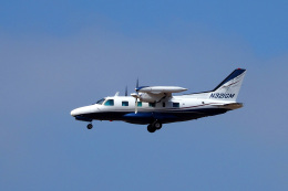 LAX Spotterさんが、ロサンゼルス国際空港で撮影した米国企業所有 MU-2B-60の航空フォト(写真)