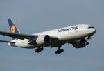 ケロさんが、成田国際空港で撮影したルフトハンザ・カーゴ 777-FBTの航空フォト(写真)