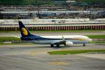 まいけるさんが、スワンナプーム国際空港で撮影したジェットエアウェイズ 737-86Nの航空フォト(写真)