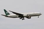 柏の子?さんが、成田国際空港で撮影したパキスタン国際航空 777-2Q8/ERの航空フォト(写真)