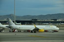 flying-dutchmanさんが、バルセロナ空港で撮影したブエリング航空 A321-231の航空フォト(飛行機 写真・画像)
