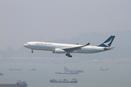 tupolevさんが、香港国際空港で撮影したキャセイパシフィック航空 A330-342Xの航空フォト(写真)