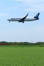 jinopekoさんが、成田国際空港で撮影した全日空 767-316F/ERの航空フォト(写真)