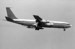 ノビタ君さんが、横田基地で撮影したウェルズ・ファーゴ・バンク・ノースウェスト 707の航空フォト(写真)