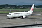 mojioさんが、鹿児島空港で撮影した日本航空 737-846の航空フォト(飛行機 写真・画像)