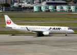 voyagerさんが、伊丹空港で撮影したジェイ・エア ERJ-190-100(ERJ-190STD)の航空フォト(飛行機 写真・画像)