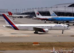 DEE JAYさんが、関西国際空港で撮影したロイヤル・ネパール航空 757-2F8Cの航空フォト(飛行機 写真・画像)