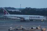 神宮寺ももさんが、成田国際空港で撮影したカタール航空 777-2DZ/LRの航空フォト(写真)