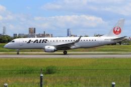 JA56SSさんが、伊丹空港で撮影したジェイ・エア ERJ-190-100(ERJ-190STD)の航空フォト(写真)