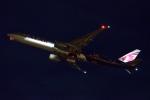 木人さんが、成田国際空港で撮影したカタール航空 777-3DZ/ERの航空フォト(写真)