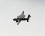 ノビタ君さんが、厚木飛行場で撮影したアメリカ海軍 E-2D Advanced Hawkeyeの航空フォト(写真)