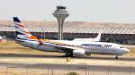 誘喜さんが、マドリード・バラハス国際空港で撮影したスマート・ウイングス 737-86Nの航空フォト(写真)