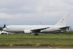 AkiChup0nさんが、名古屋飛行場で撮影した航空自衛隊 767-2FK/ERの航空フォト(写真)